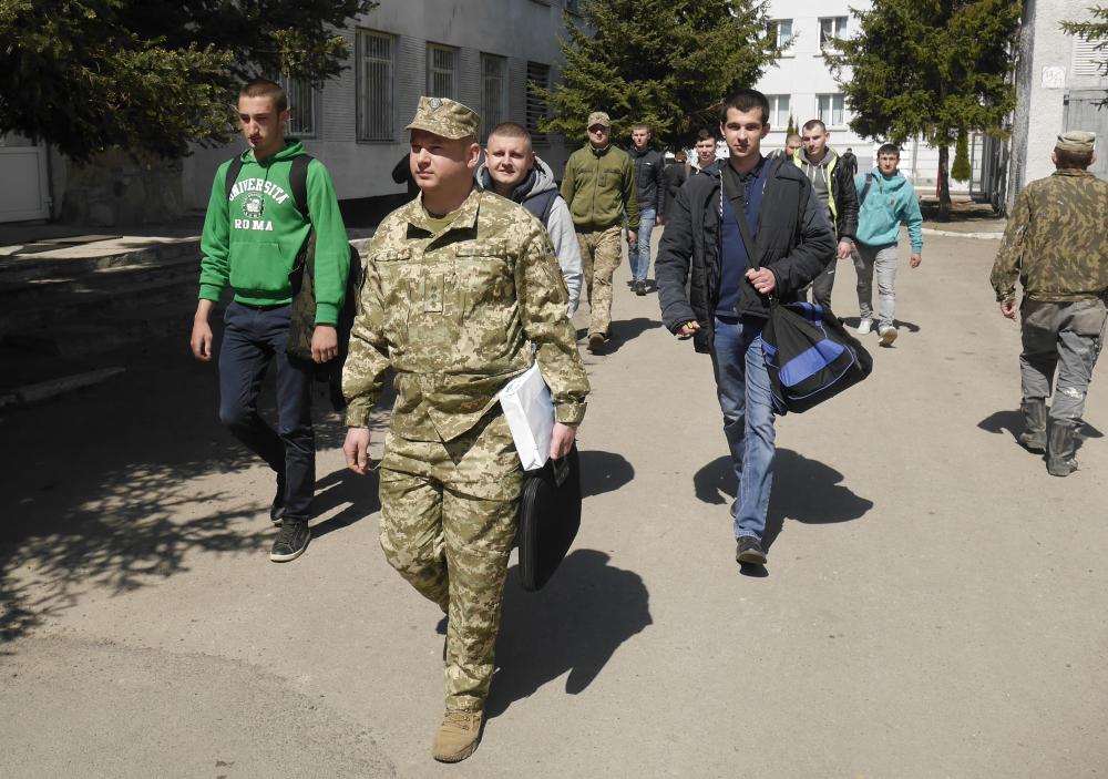 На Львівщині триває призовна кампанія на військову строкову службу